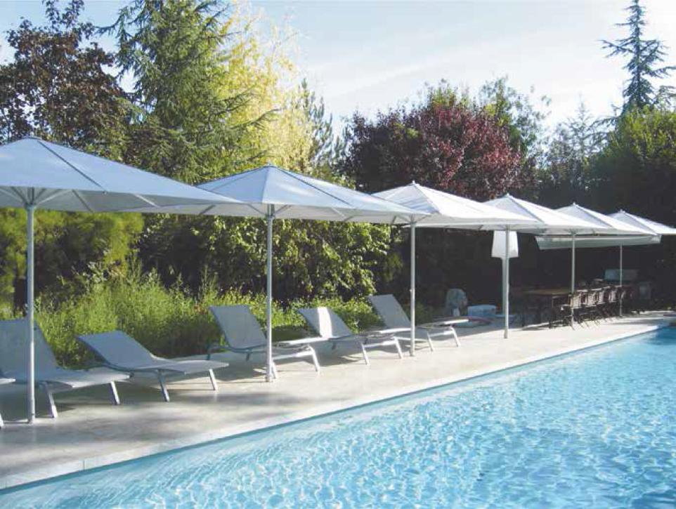 Parasol pour terrasses de piscines ext rieur confort for Piscine 4x3